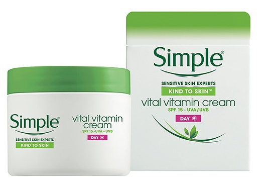 Simple Kind To Skin Vital Vitamin Cream Day Spf 15