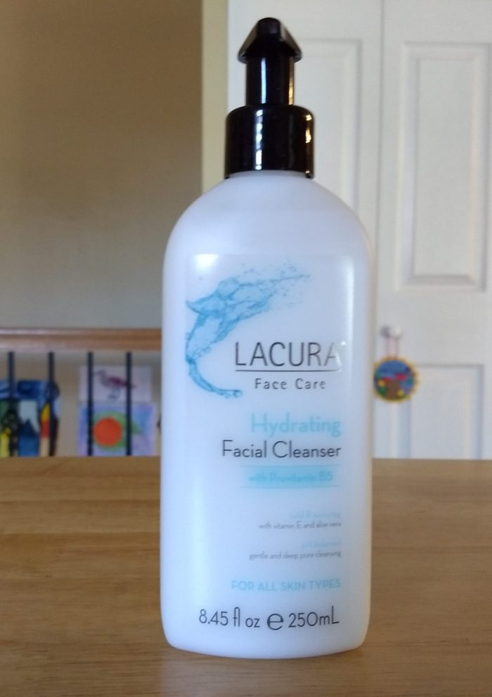 LACURA Hydrating Facial Cleanser With Provitamin B5