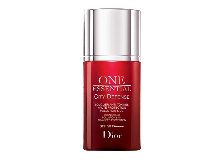Dior One Essential City Defense Spf50 (EU)