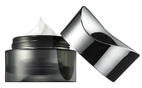 MDNA Skin The Finishing Cream