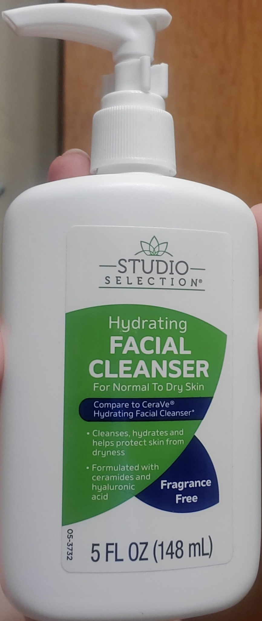Studio Selection Hydrating Facial Cleanser For Normal To Dry Skin