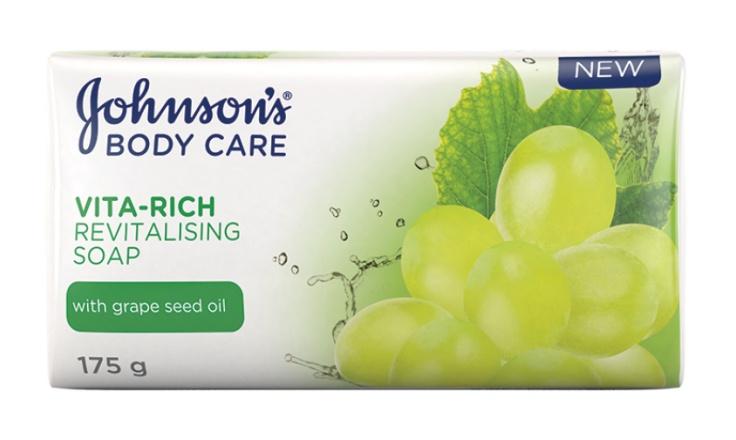 Johnson & Johnsons -Body Care Vita-Rich Revitalising Soap With Grapeseed Oil