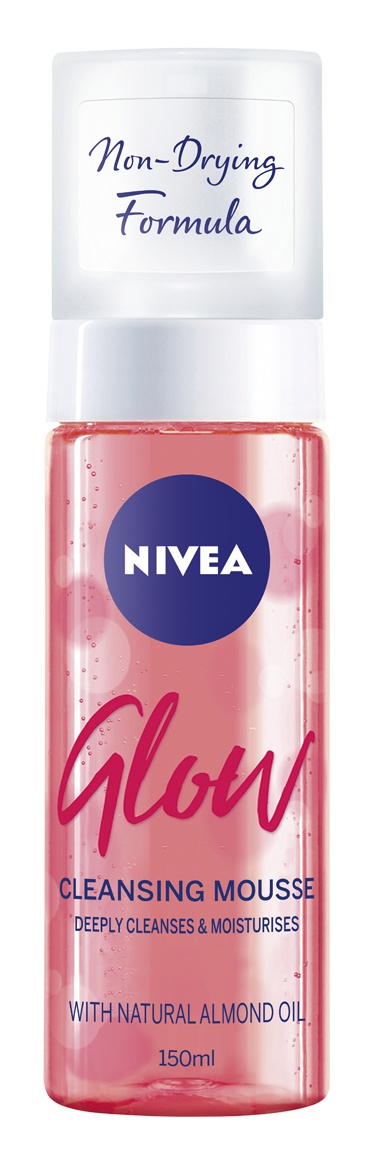 Nivea Glow Cleansing Mousse