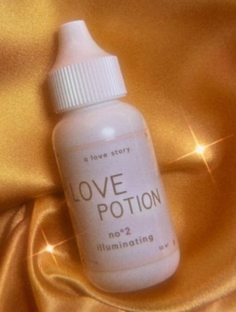 A Love Story Skincare Love Potion - No. 2 Illuminating