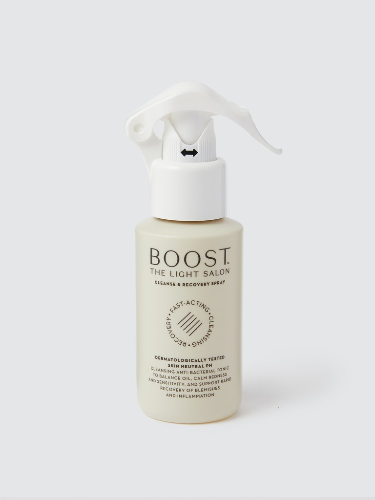 The light salon Boost Cleanse & Recovery Spray