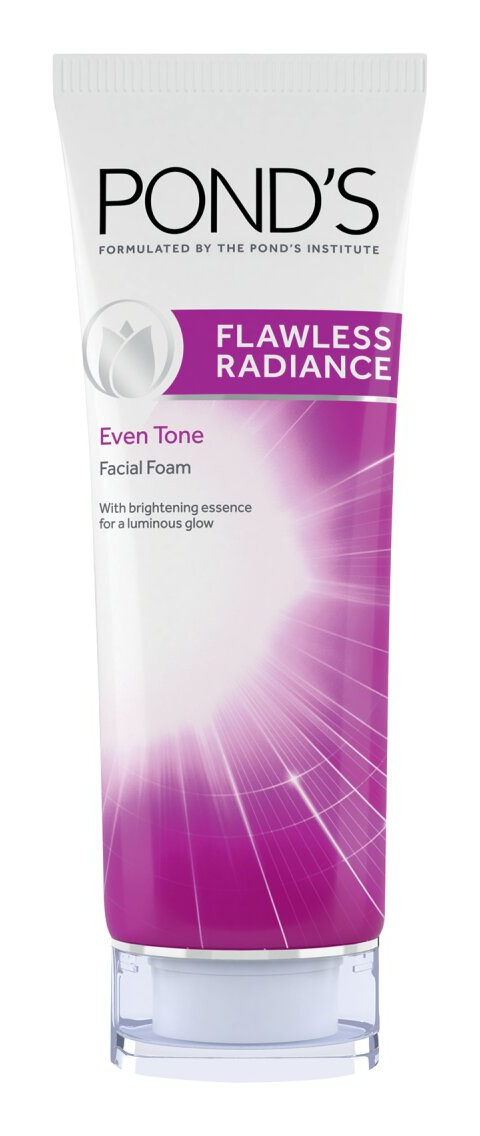 Pond's Flawless Radiance Face Wash